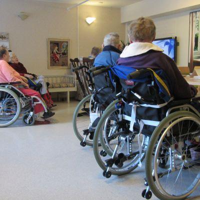 Servicecenter för åldringar i Lojo