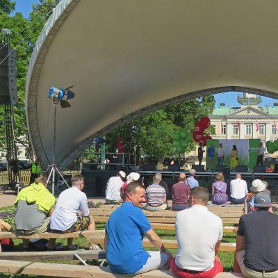 Vihreiden tilaisuus SuomiAreenassa Porissa