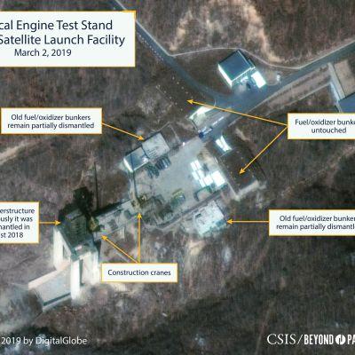 Nya satellitbilder från provområdet i Soahe visar hur avfyringsrampen för raketer och missiler har återuppbyggts