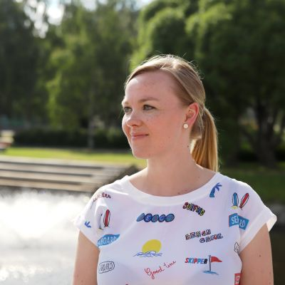 Elinkeinoministeri Katri Kulmuni Torniossa