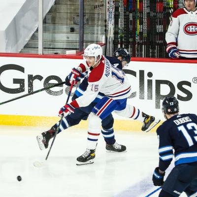 Jesperi Kotkaniemi gjorde mål igen i NHL-slutspelet.