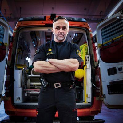 Pirkanmaan pelastuslaitoksen paloesimies Jari Leppänen