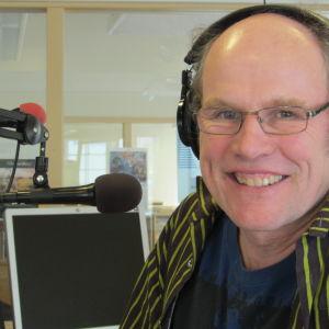 Stefan Paavola arbetar för Svenska Yle - Radio Vega Östnyland