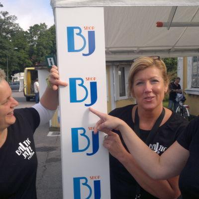 Jenni Lindroos, Tina Aitio och verksamhetsledaren Anitra Bohman jobbar alla med Baltic Jazz det här veckoslutet.