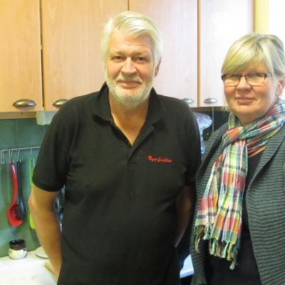 Kocken Ulf Jensen och verksamhetsledare Marianne Rosvall