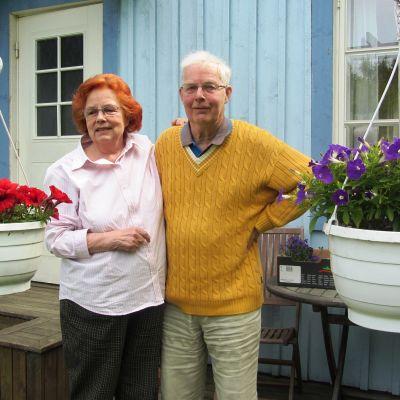 Sarfsalöförfattarna Kristina och Ove Paul