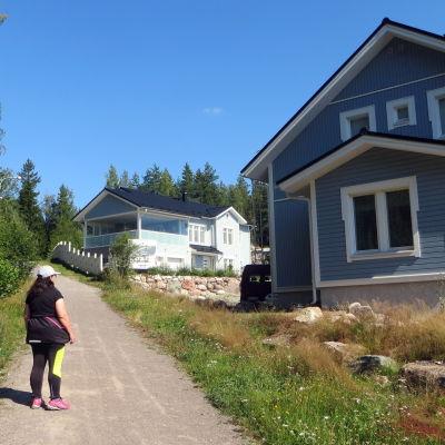 skog och hus
