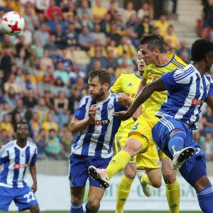 HJK kämpade åt sig oavgjort mot BATE Borisov.