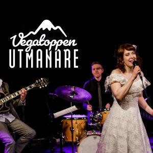 Maria Hortans sjunger, Mathias Sandberg (gitarr), Zacharias Holmkvist (bas) och Pontus Häggblom (trummor).
