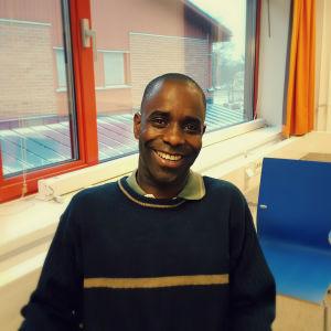Lukogo Byona från Demokratiska Republiken Kongo, bosatt i Smedsby i Korsholm. 2016.