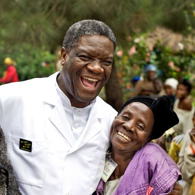 Thierry Michelin ja Colette Braeckmanin palkittu dokumentti Raiskattujen parantaja kertoo Nobel-palkitusta lääkäristä Denis Mukwegestä.