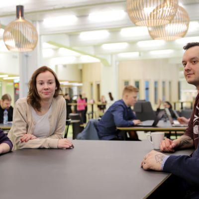 Jaana-Kaisa Parkkinen, Emmi Ojantausta, Marko Kaira ja Jaakko Salén.