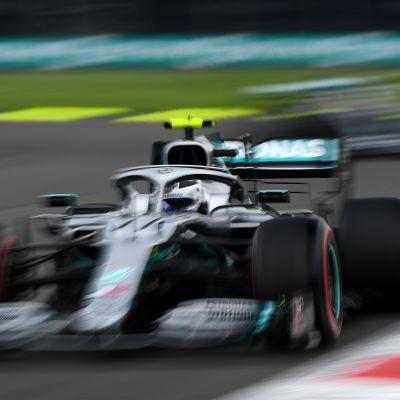 Valtteri Bottas vauhdissa Meksikon F1-kisassa.