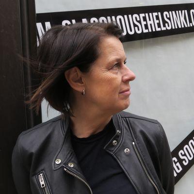 Mirkku Kullberg luotsaa 20.5.2021 avautuvaa Glass House Helsinkiä.