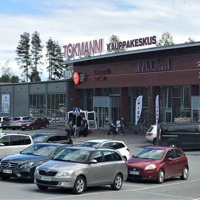Liikekeskus Mylläri Liperin Ylämyllyllä.