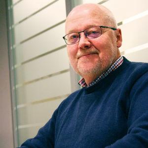 Punaisen Ristin Helsingin ja Uudenmaan piirin valmiuspäällikkö Jarmo Hollstein