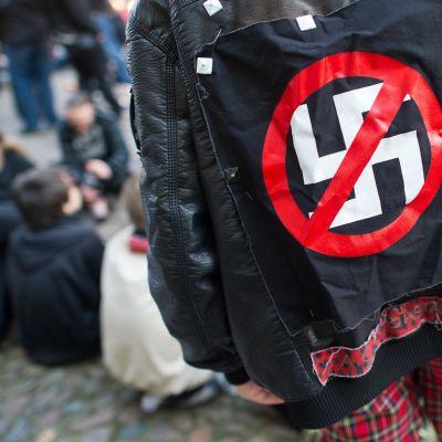 Uusnatsien vastainen mielenosoitus  Neuruppinissa Saksassa