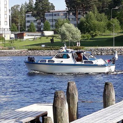 Mattolaituri Pielisenjoen rannassa Joensuussa.