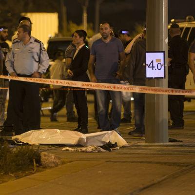 Dödad palestinsk angripare i Jerusalem.