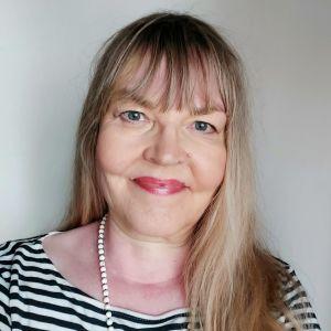 Toimittaja Lea Froloff