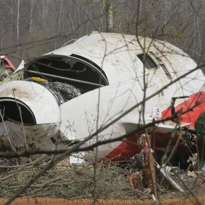 Den polske presidenten Lech Kaczyński och 95 andra människor omkom i flygkatastrofen i Smolensk i april 2010.