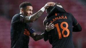 Glen Kamara firar sitt första Europa League-mål.