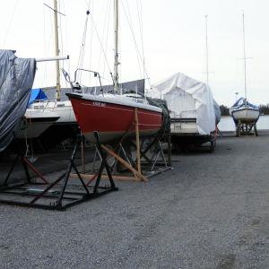 Vårvinterbild vid SSJ:s båthamn i Jakobstad.