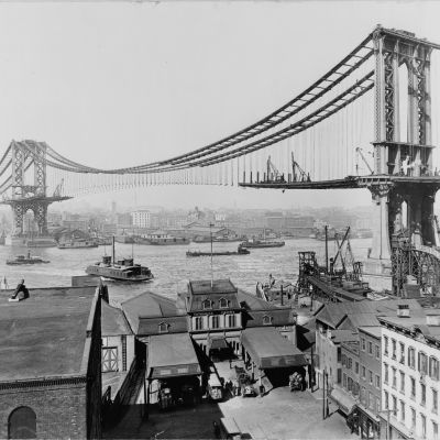 Byggandet av Manhattan Bridge i New York år 1909.