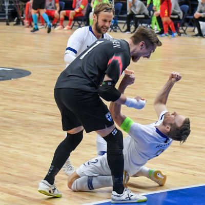 Panu Autio laukoi voittomaalin, kun Suomi voitti Belgian ja eteni futsalin EM-lopputurnaukseen.