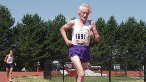 Ed Whitlock löper.