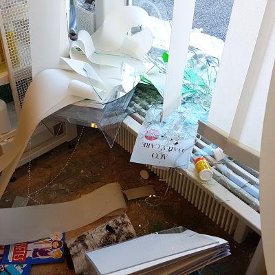 Inbrott på apoteket i Kronoby.