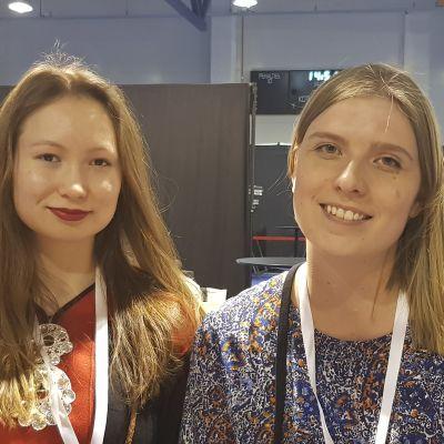Sarelle Porsanger och Julia Wright är klimataktivister