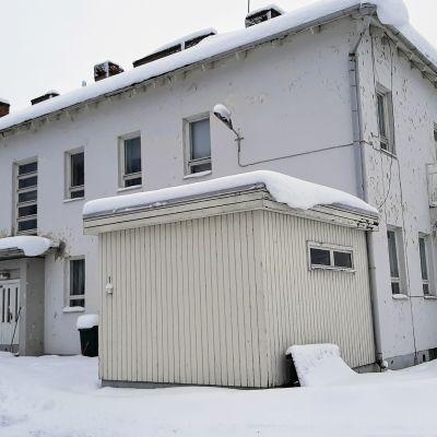 Entinen Porkkatörmän lastensairaala Kuusamossa.