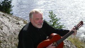 Musikartist, trubadur Håkan Streng
