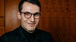 Författaren Pajtim Statovci.
