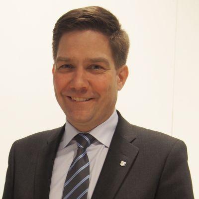 Thomas Blomqvist (SFP) valdes till Folktingets nya ordförande den 9 maj 2015 i Borgå.