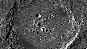 kraatereita Kuun pinnalla