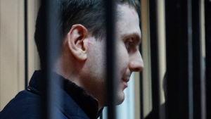 Tjetjenien  Adam Osmayev åtalad för att ha planerat attentat mot Vladimir Putin.