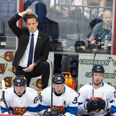 Lauri Marjamäki, Finlands chefstränare i ishockey