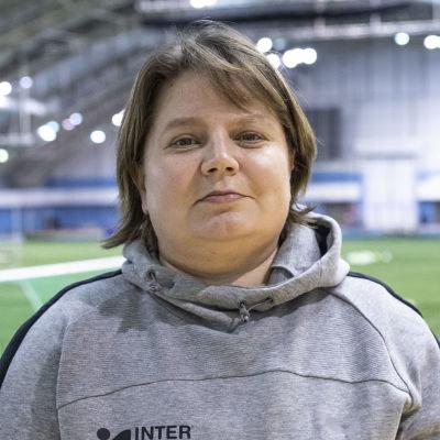 Marianne Miettinen poserar 2020.