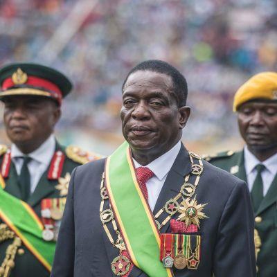 Emmerson Mnangagwa svors in som president 24.11.2017.