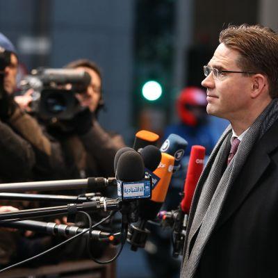 Katainen under EU-toppmötet i Bryssel 20 december 2013.