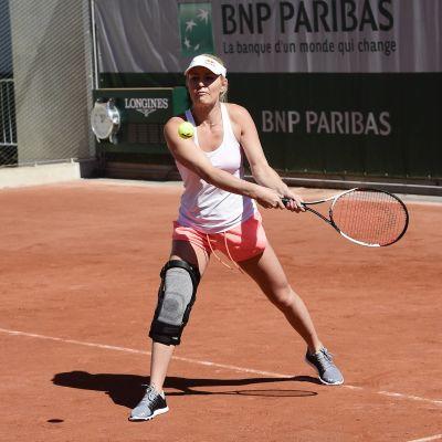 Lindsey Vonn tränade i juni tennis i Frankrike tillsammans med Wimbledon-vinnaren Marion Bartoli.