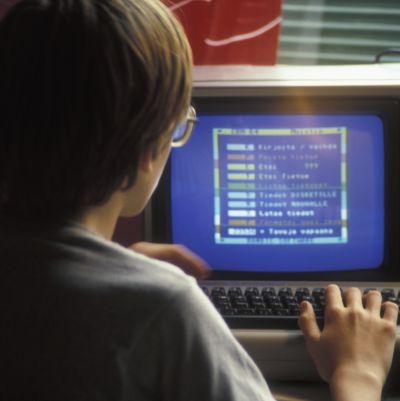 Kille använder C64
