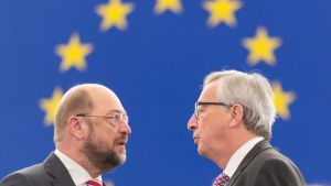 EU-parlamentets talman Martin Schulz och kommissionens ordförande Jean-Claude Juncker i EU-parlamentet 26.11.2014