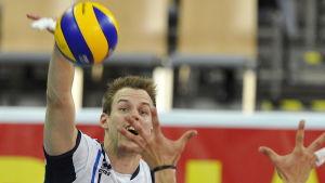 Iran nästa för Mikko Oivanen.