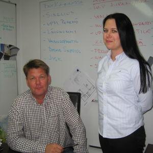 Petri Keskikuru och Pia-Lena Puhakka på Pedecon välkomnar de nya skyldigheterna för byggande.