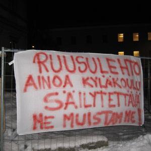 Banderoll utanför Rådhuset