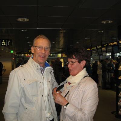 Bengt och Ann-Maj Miemois på väg till solen