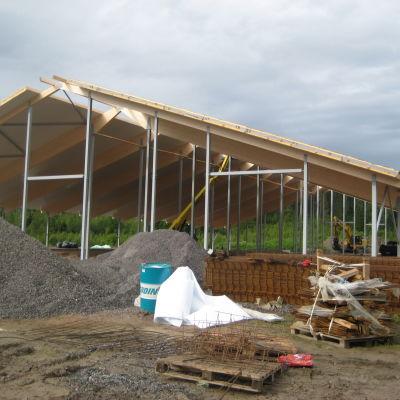 Den nya ladugården i Västankvarn ska vara färdig i slutet av 2014.